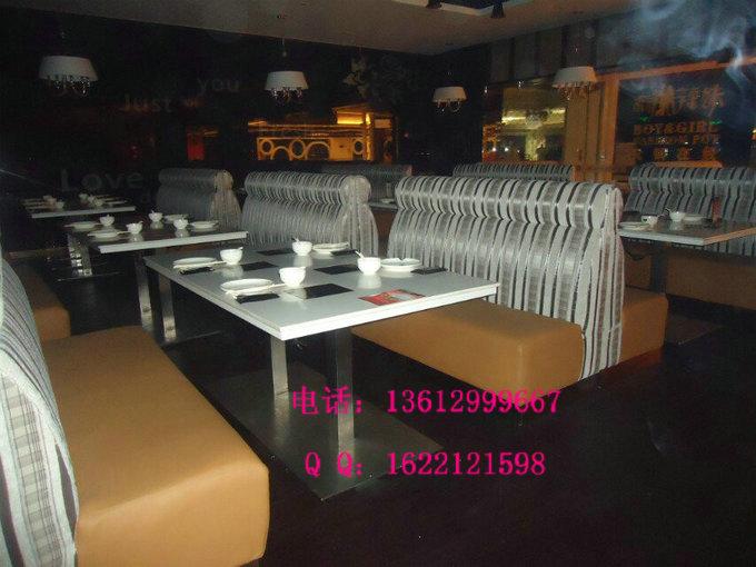 火锅店装修风格与火锅桌椅的关联